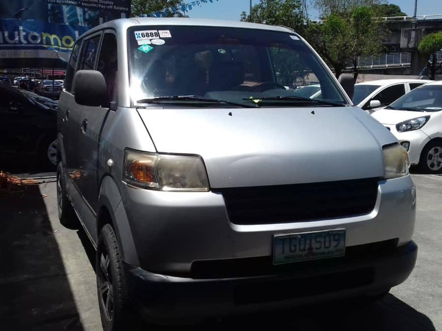 2011 Suzuki APV - Right View