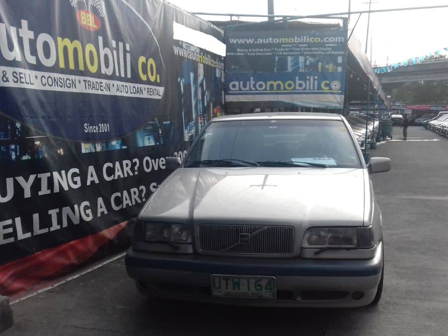 1997 Volvo 850 - Front View