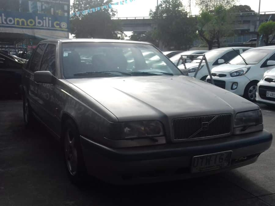 1997 Volvo 850 - Right View