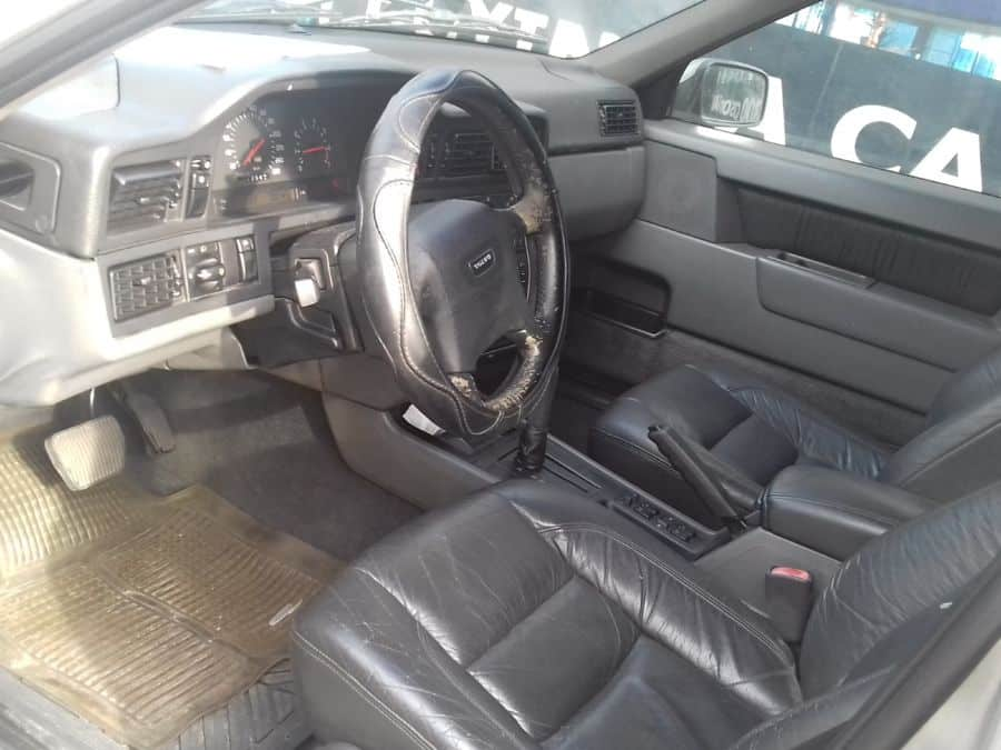 1997 Volvo 850 - Interior Front View