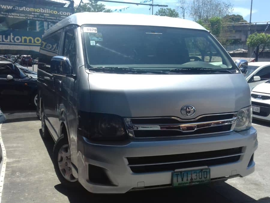 2012 Toyota Grand Hiace - Left View
