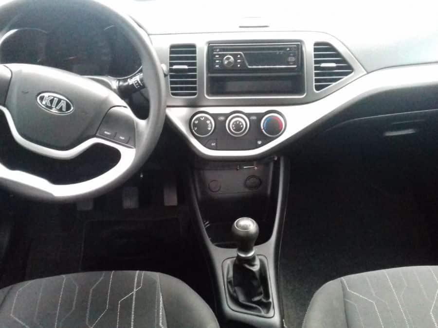 2016 Kia Picanto - Interior Front View
