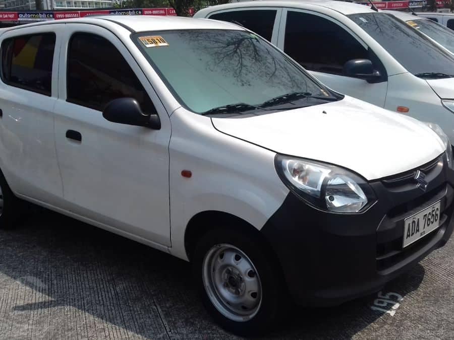 2014 Suzuki Alto - Right View