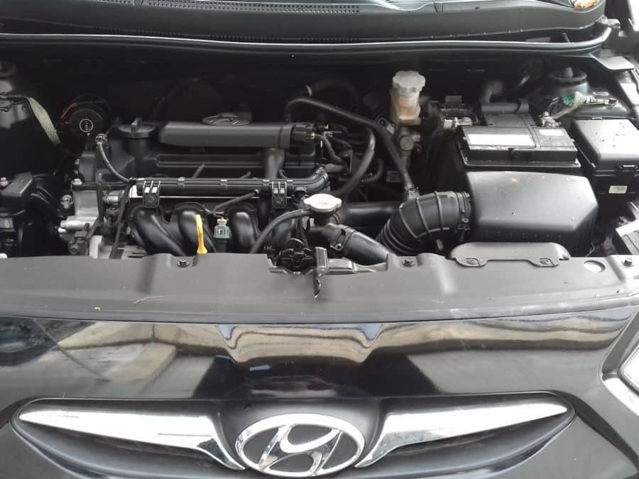 2014 Hyundai Accent - Interior Rear View