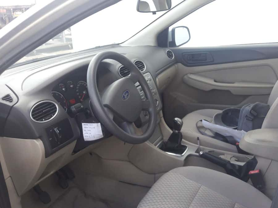 2010 Ford Focus - Interior Front View