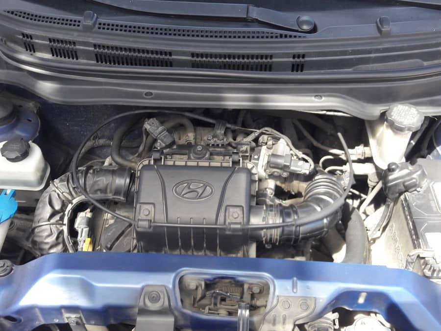 2014 Hyundai Eon - Interior Rear View