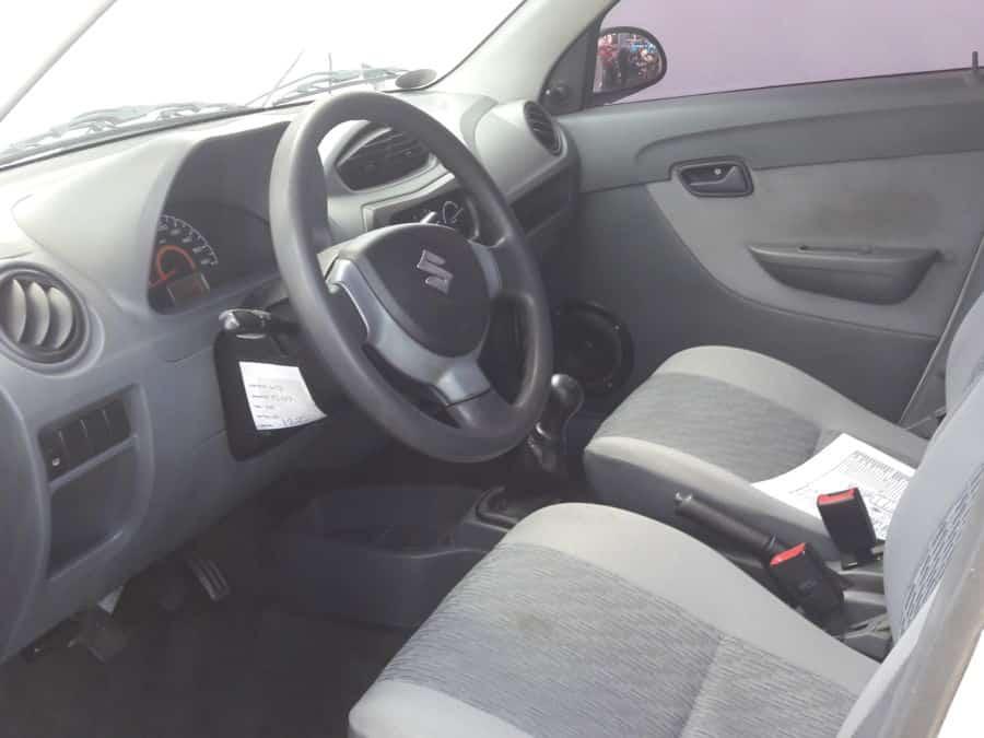 2013 Suzuki Alto - Interior Front View