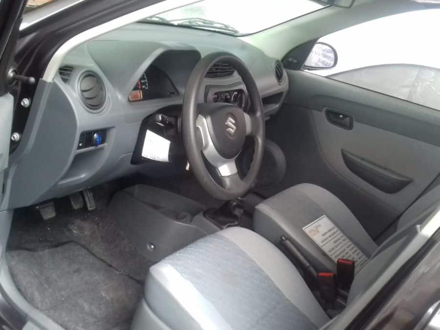 2014 Suzuki Alto - Interior Front View
