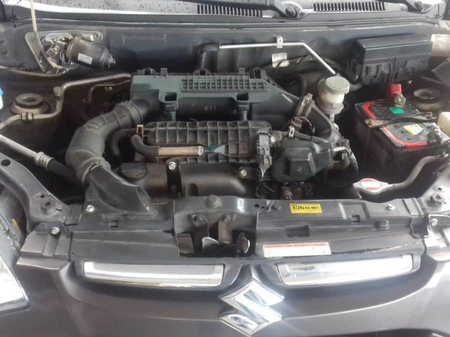 2014 Suzuki Alto - Interior Rear View