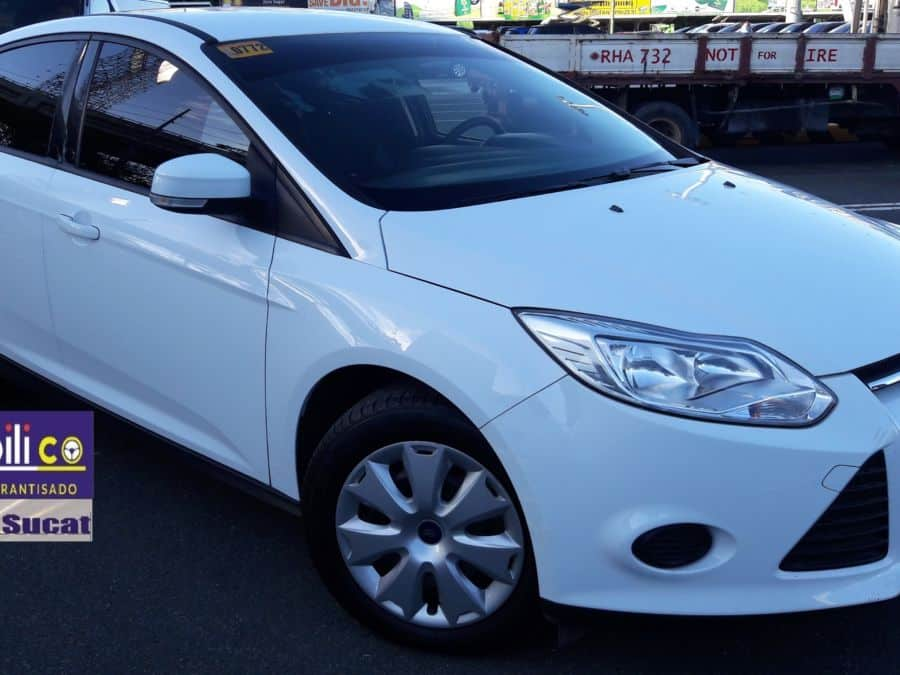 2014 Ford Focus - Right View