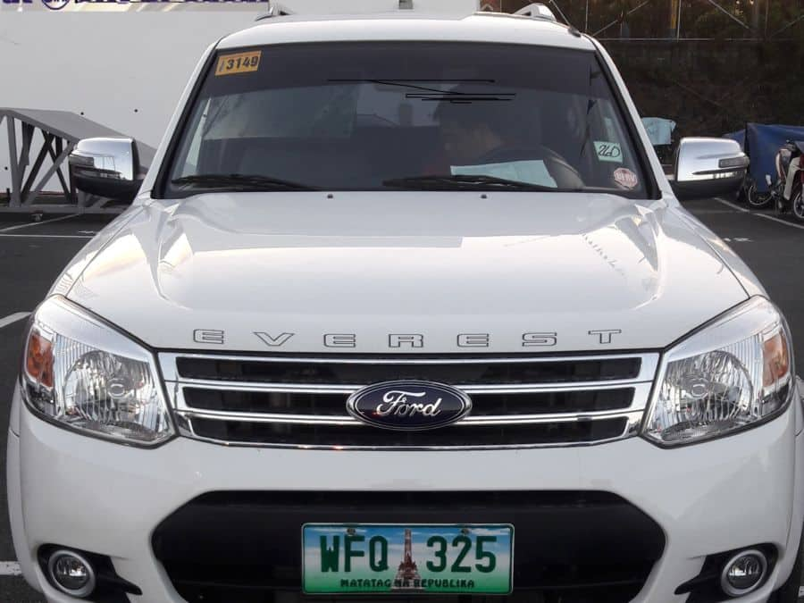 2013 Ford Everest - Front View