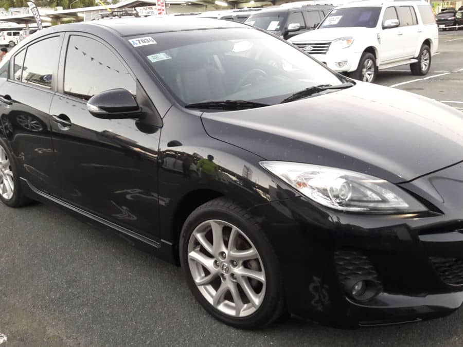 2013 Mazda 3 - Right View