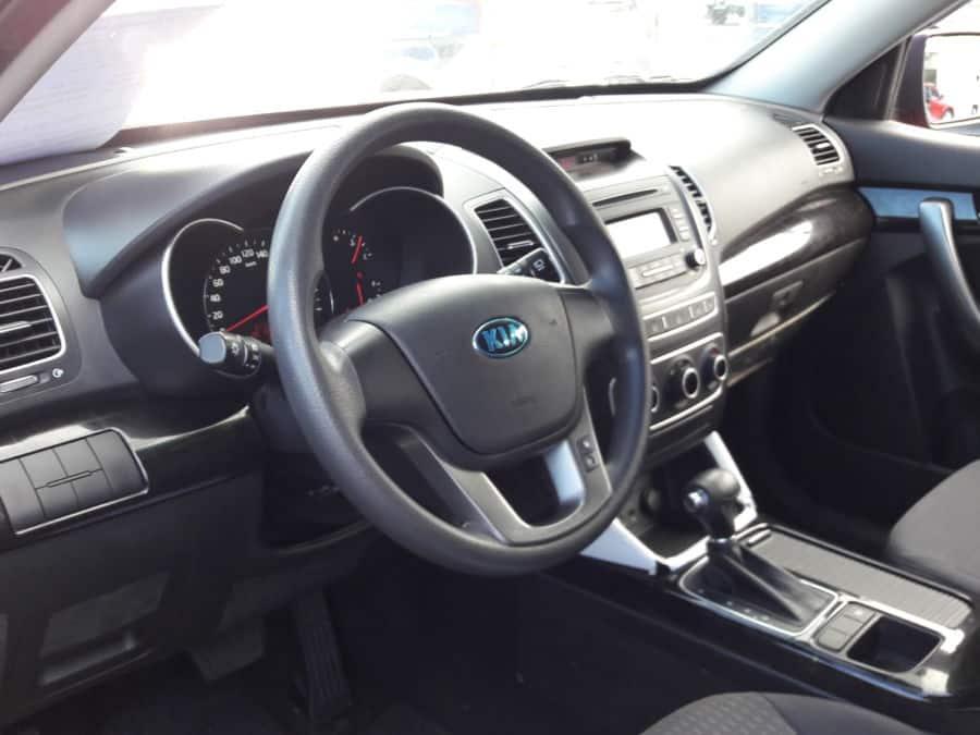 2014 Kia Sorento - Interior Front View