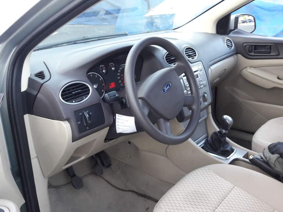 2011 Ford Focus - Interior Front View