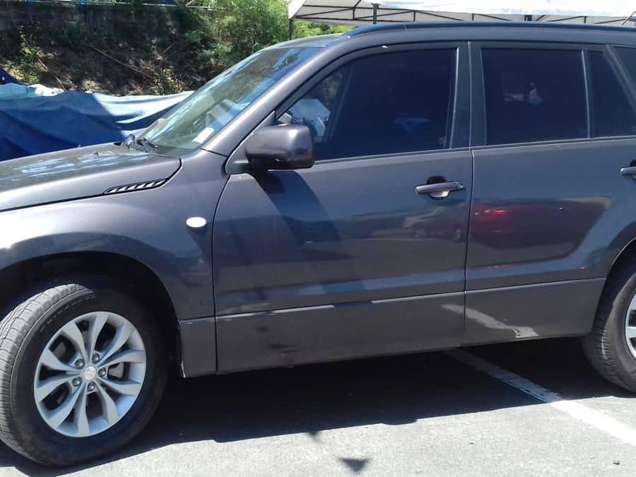 2015 Suzuki Grand Vitara - Left View