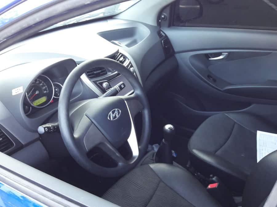 2014 Hyundai Eon - Interior Front View