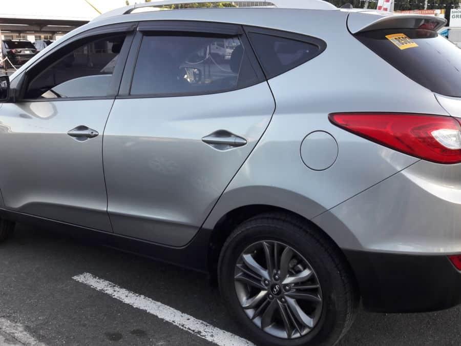 2015 Hyundai Tucson - Left View
