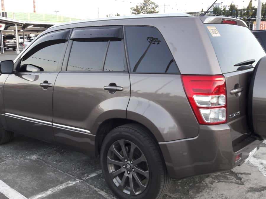 2015 Suzuki Grand Vitara - Left View