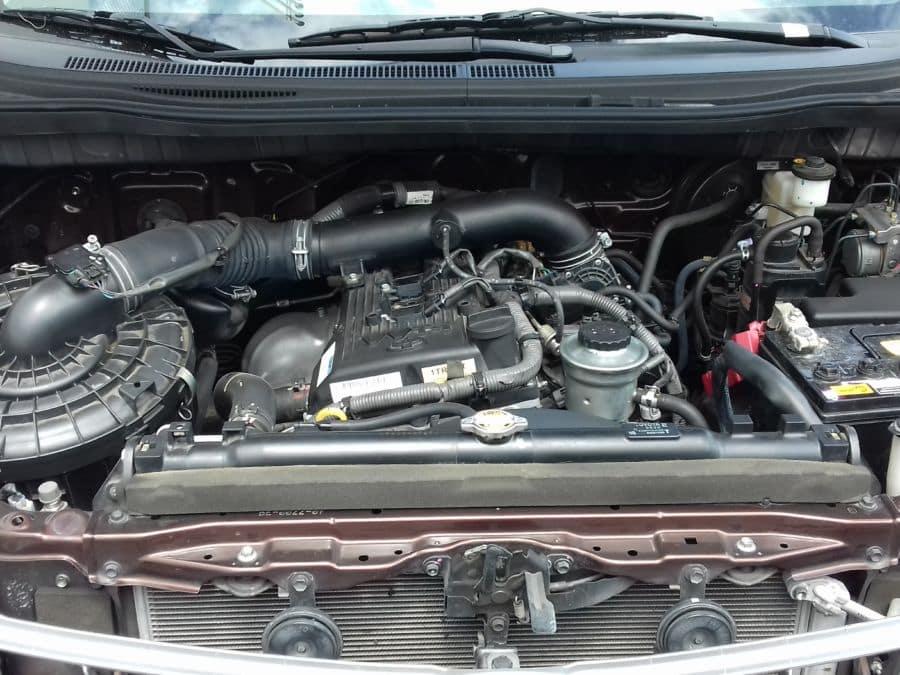 2016 Toyota Innova E - Interior Rear View