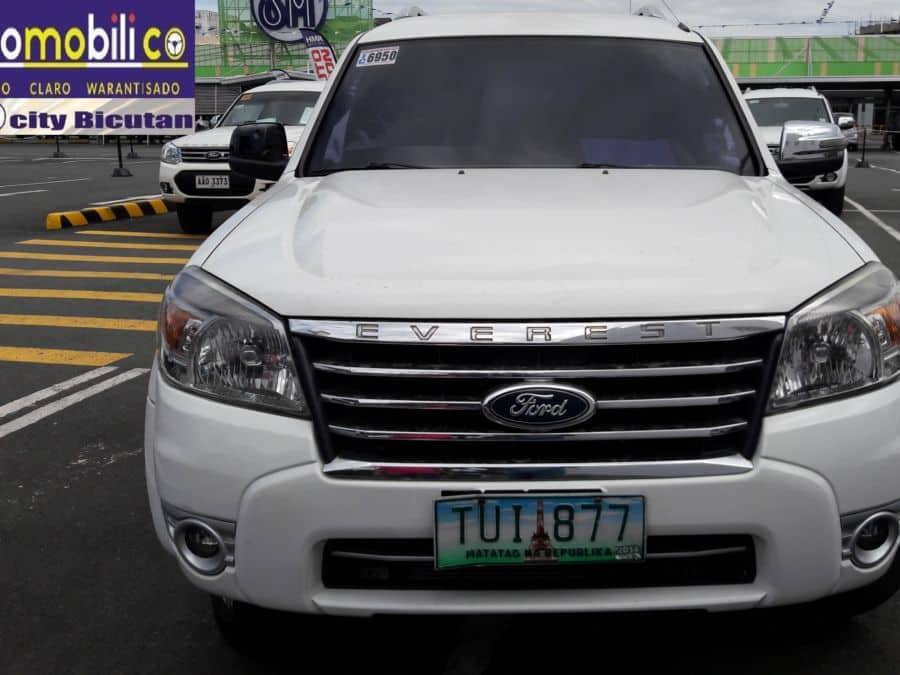 2011 Ford Everest - Front View
