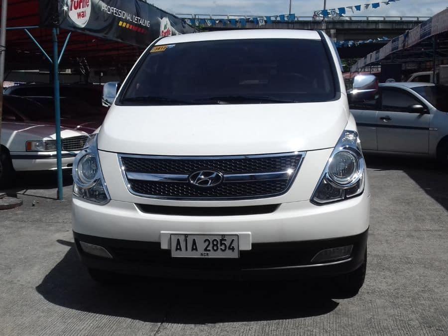 2014 Hyundai Grand Starex - Front View
