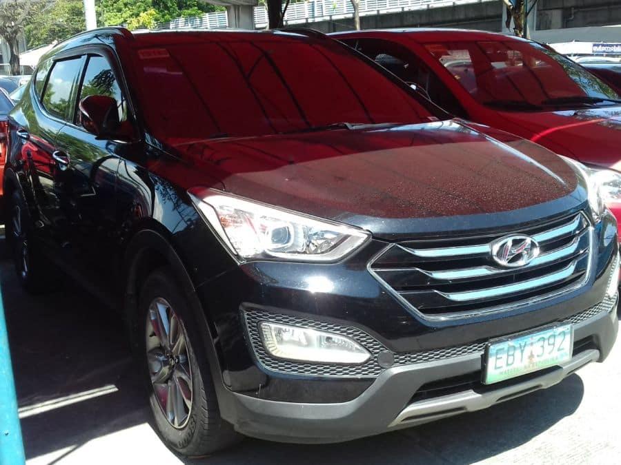 2013 Hyundai Santa Fe - Right View