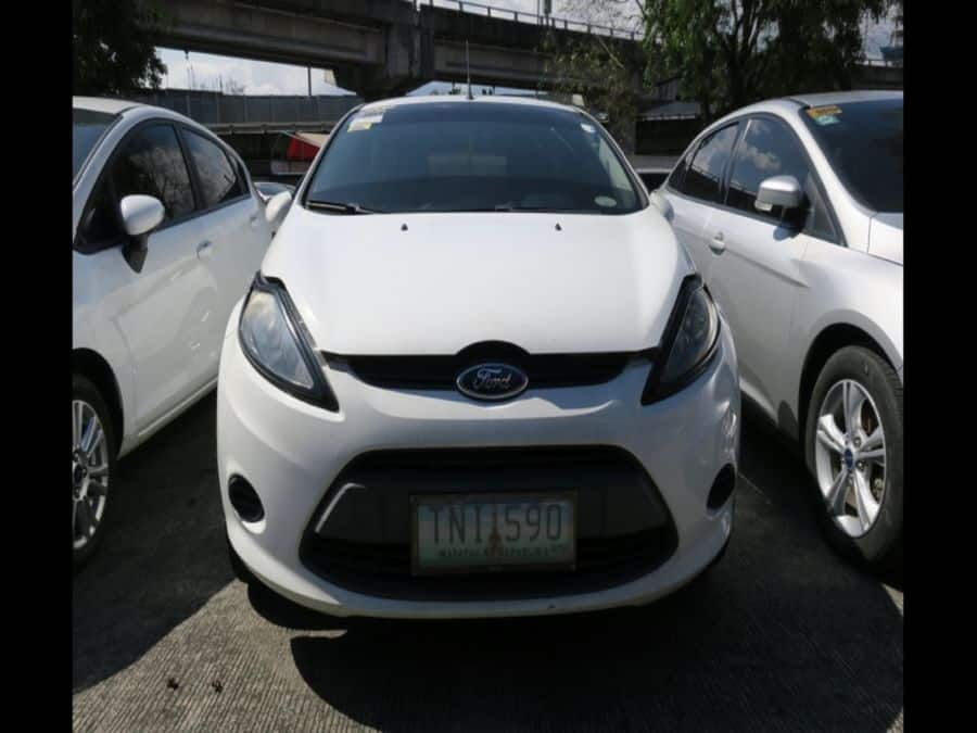 2011 Ford Fiesta - Front View