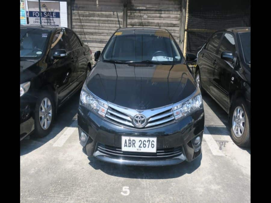 2015 Toyota Corolla Altis G - Front View