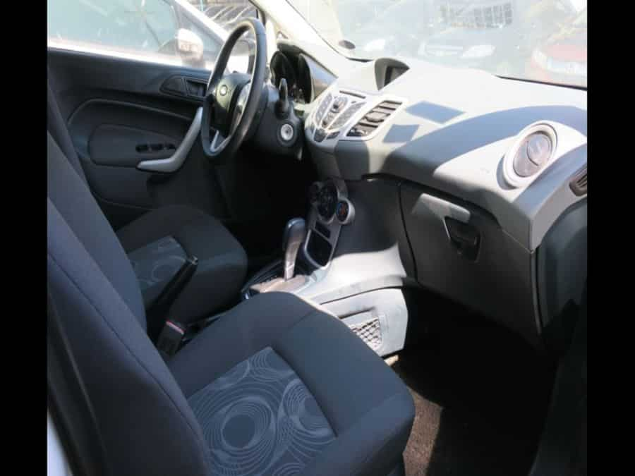2013 Ford Fiesta - Interior Front View