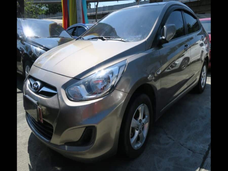 2011 Hyundai Accent - Left View