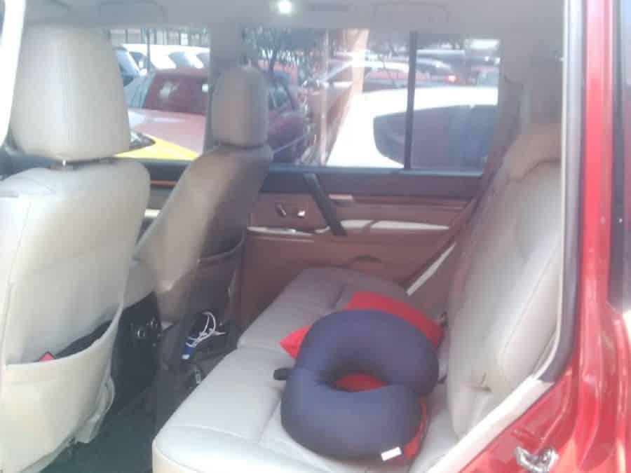 2008 Mitsubishi Pajero - Interior Front View