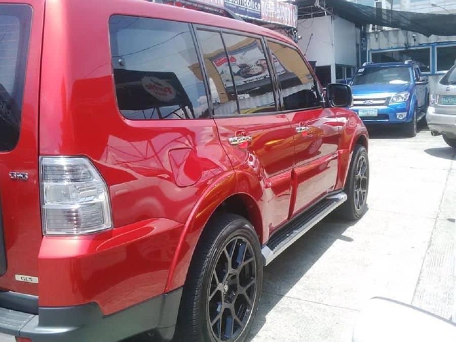 2008 Mitsubishi Pajero - Left View