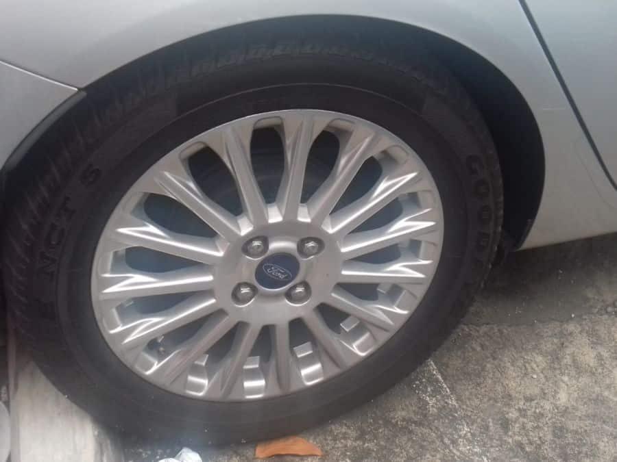 2015 Ford Fiesta - Interior Rear View