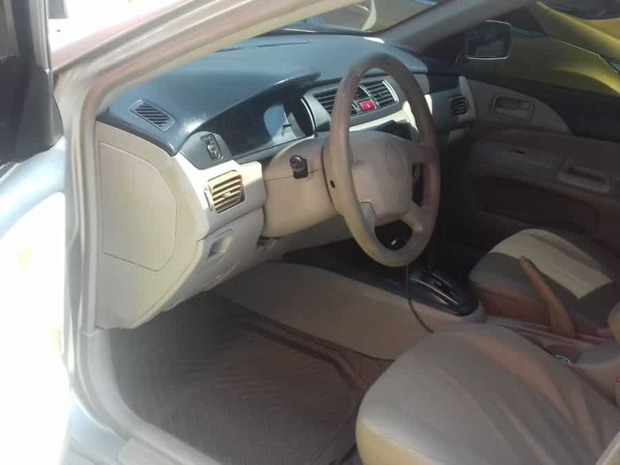 2006 Mitsubishi Lancer - Interior Front View