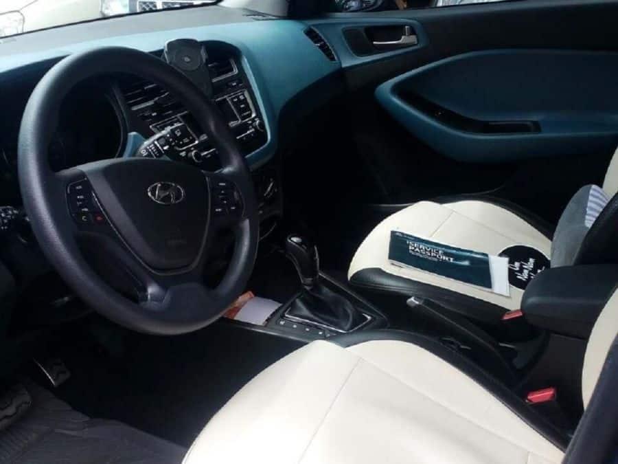 2016 Hyundai i20 - Interior Front View
