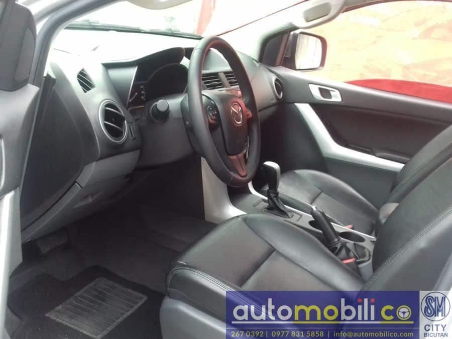 2016 Mazda BT-50 - Interior Front View