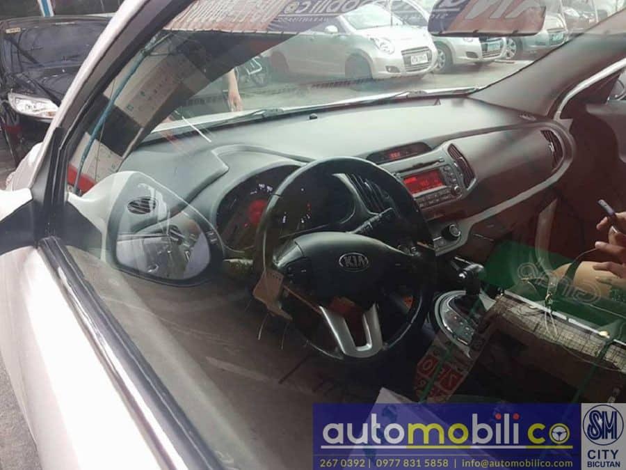 2013 Kia Sportage - Interior Front View