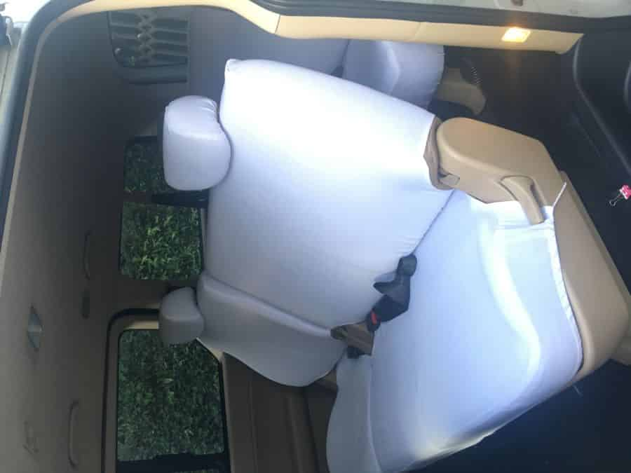 2014 Hyundai Grand Starex - Interior Front View