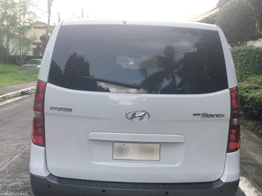 2014 Hyundai Grand Starex - Rear View