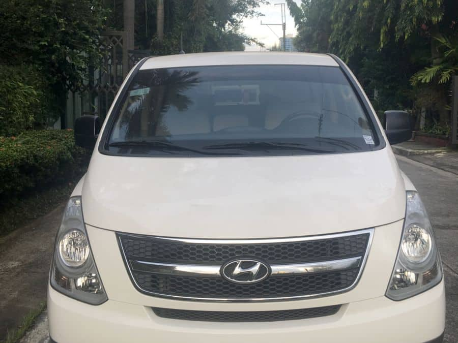 2014 Hyundai Grand Starex - Front View