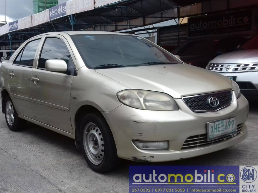 2003 Toyota Vios - Right View