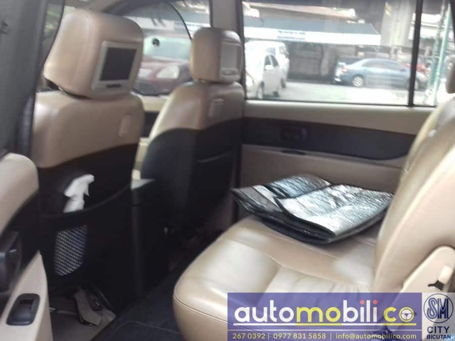 2011 Isuzu Sportivo - Interior Rear View