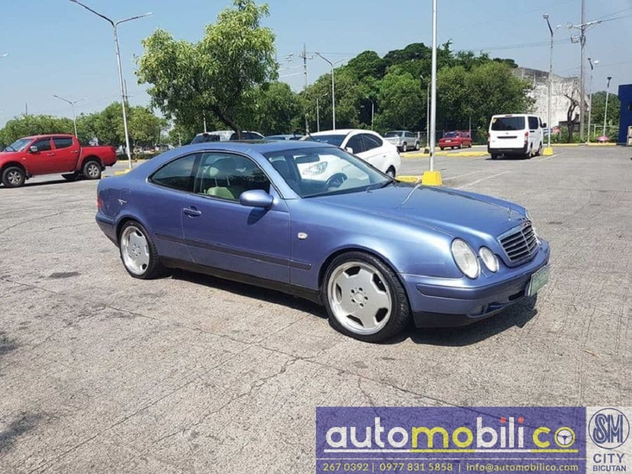 1997 Mercedes-Benz CLK320 - Right View