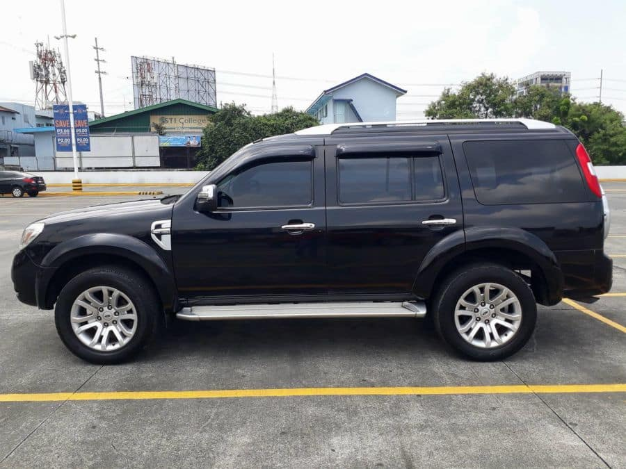2014 Ford Everest - Left View