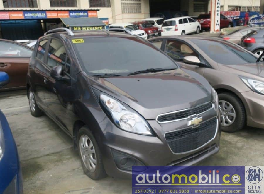 2014 Chevrolet Spark - Right View