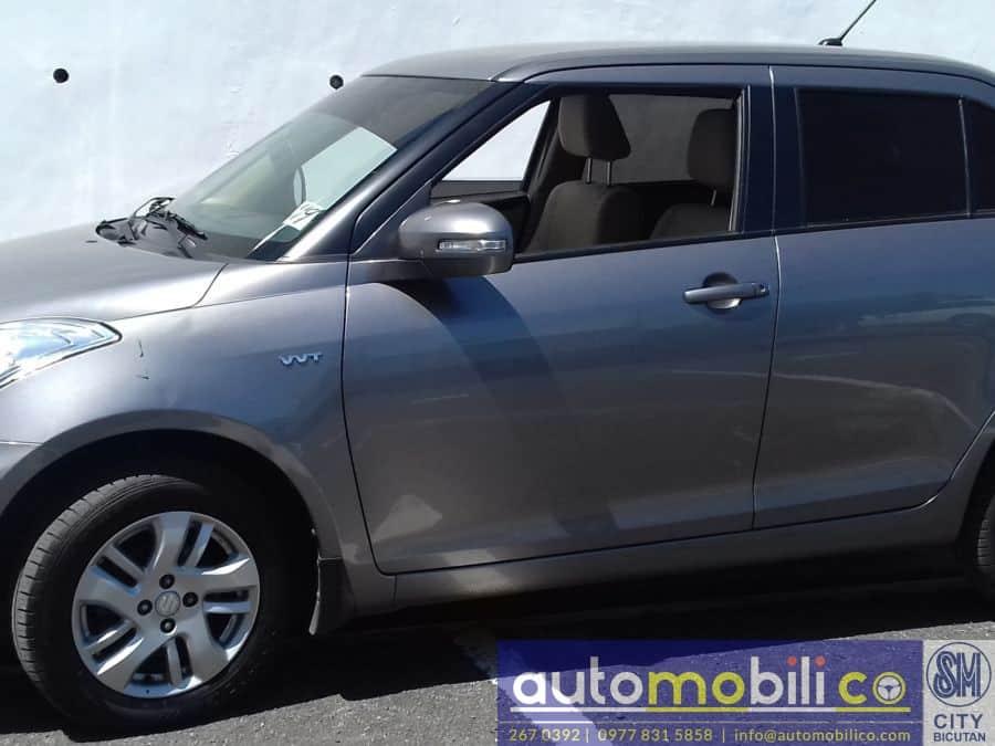 2014 Suzuki Swift Dzire - Right View