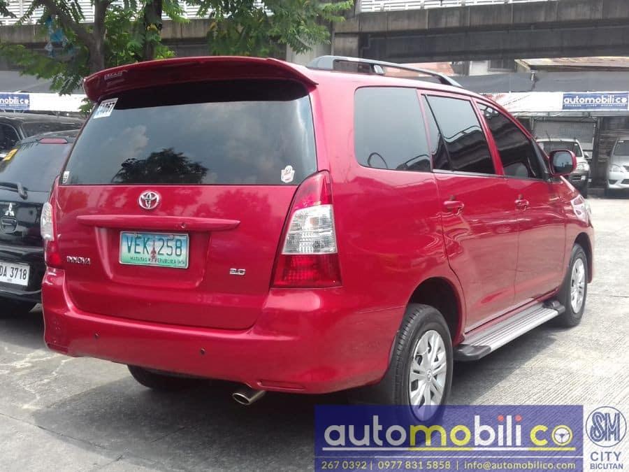 2012 Toyota Innova J - Left View