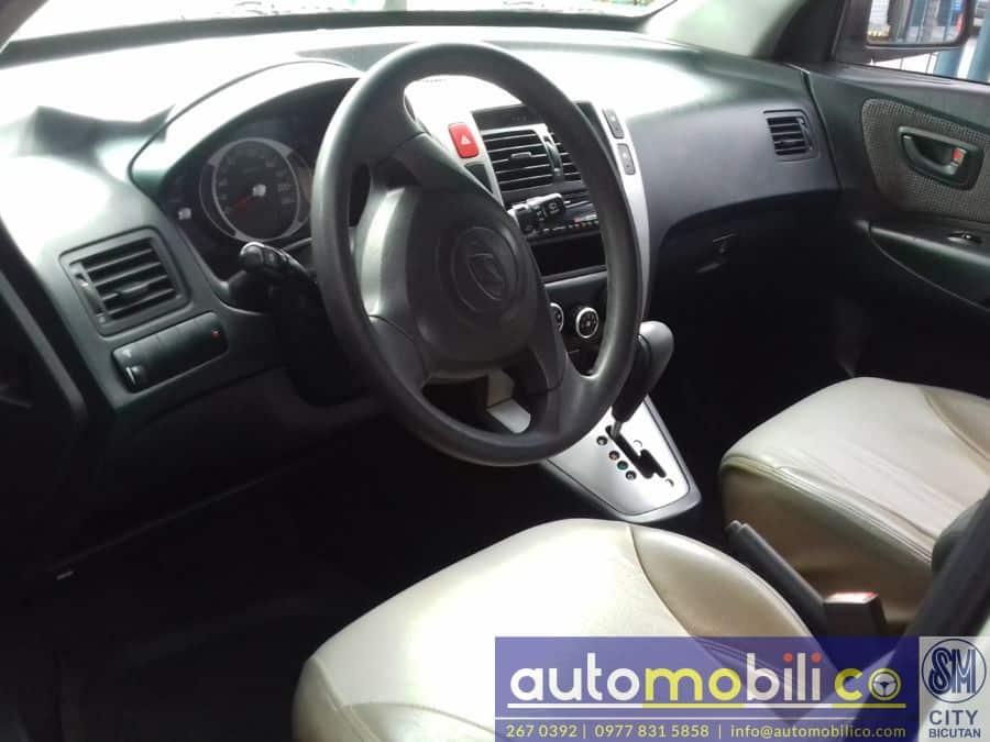 2007 Hyundai Tucson - Interior Front View