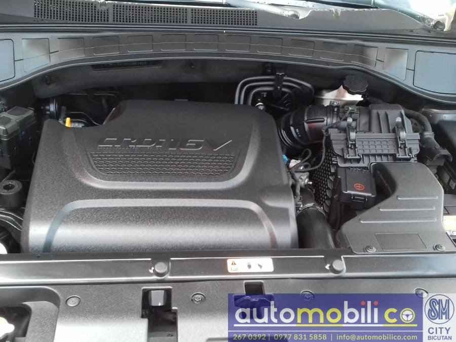 2013 Hyundai Santa Fe - Interior Rear View