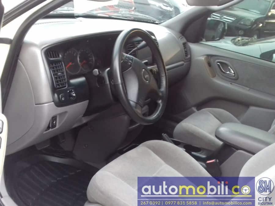 2006 Mazda Tribute - Interior Front View
